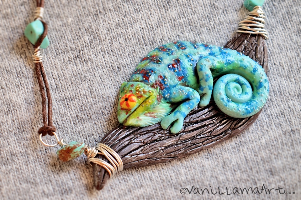 Kameleon / Panther Chameleon Necklace (Furcifer pardalis)
